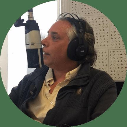 """Horacio Garagiola: En Bs. As formó parte de los grandes medios de comunicación, como técnico, productor y periodista. La mejor nota la encontró en los  """"Rincones y Placeres"""" de Piriápolis, lugar donde ahora vive."""