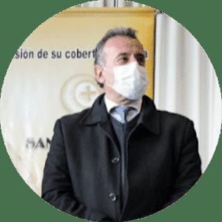 Dr. Daniel Salinas, Ministro de Salud Pública:Quedó demostrado que, cuanto mayor índice de vacunación tengamos y cuanto antes terminemos esta campaña de vacunación, más blindados estaremos para afrontar la nueva vida.